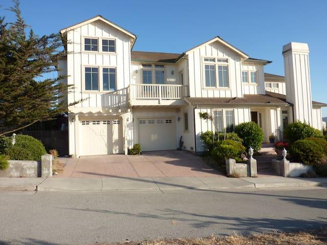 SUNNY BEACH HOUSE - MONTEREY BAY - Sand City - Casa