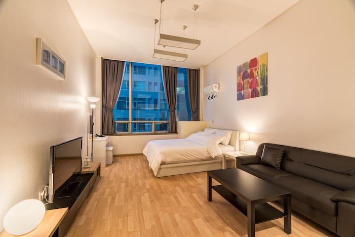 Uno Residence Double Room - Ilsandong-gu, Goyang-si