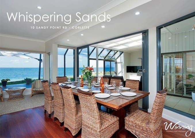 Whispering Sands - Corlette - Huis