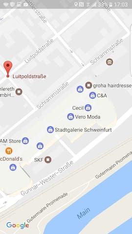schönes Frauenzimmer mitten in City - Schweinfurt - Leilighet