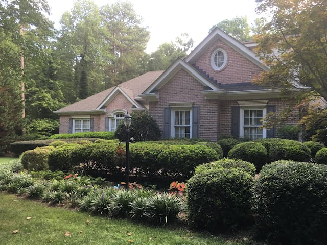 Lovely  1 Bedroom Apt in Executive Buford Home - Buford - Apartament