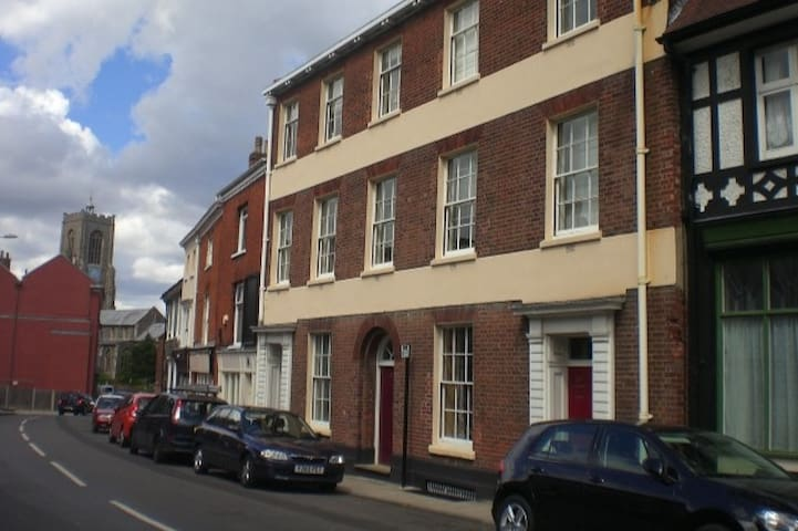 Ground floor flat in superb central location. - Norwich - Lägenhet