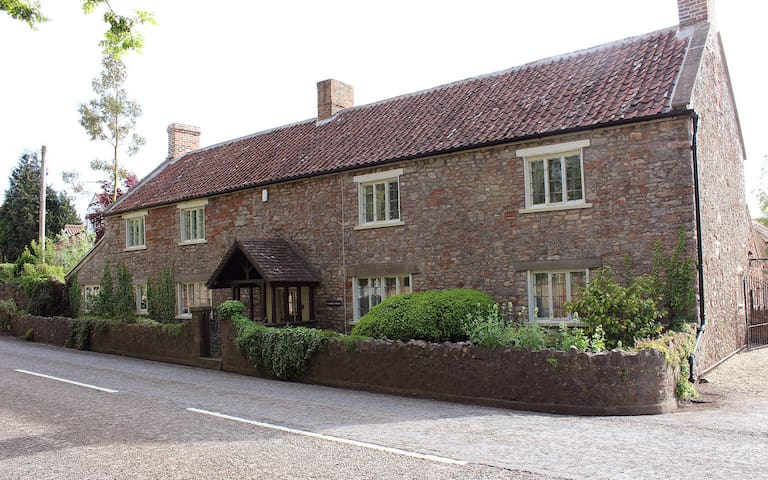 The Loft at The White House Dulcote - Wells