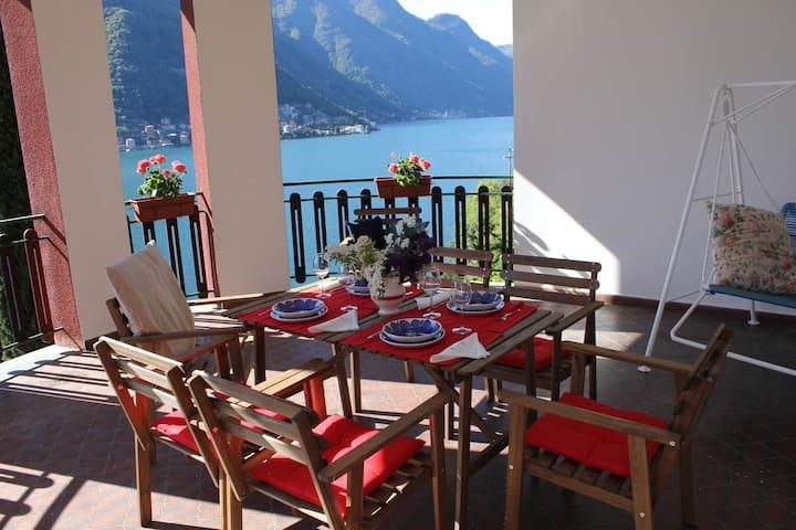Villa Pinola, 5pax, great view,parking and garden! - Pognana Lario - Villa