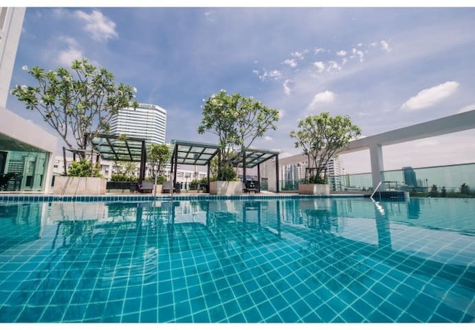 COOL STUDIO / 17th FLOOR / WIFI / POOL & GYM / MRT - Bangkok - Wohnung
