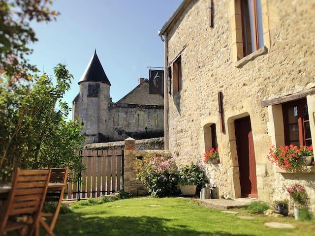 Le clos de la tourelle,gîte de charme en Champagne - Arcis-le-Ponsart - House