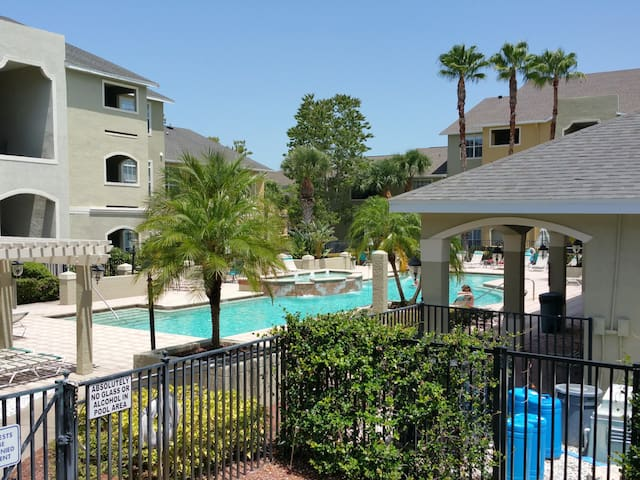 1 Bedroom Clearwater Vacation Condo - Clearwater