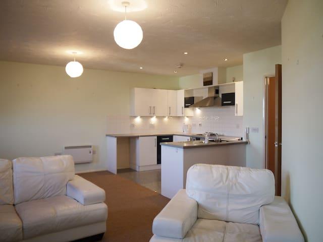 Large One Bed Apartment - Banbury - Banbury