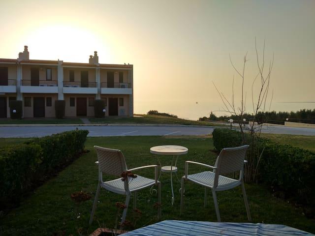 Maisonette with garden by the sea - Nea Poteidaia