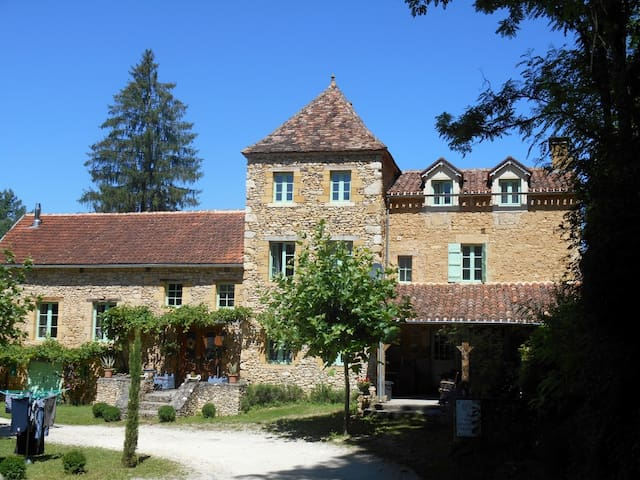 Charming cottage near Belvès - Belvès