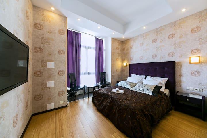 Luxury apartment near metro Tverskaya - Moskva - Daire