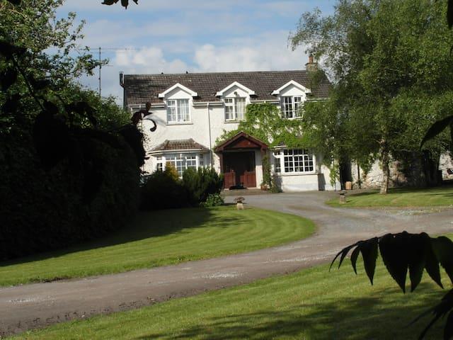 Grange Farm Equestrian Centre - Meath - Ev