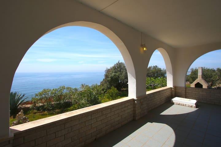 villa thomas torre Vado/Pescoluse - Torre Vado/pescoluse/santa Maria di leuca torre vado/san gregorio  - Villa