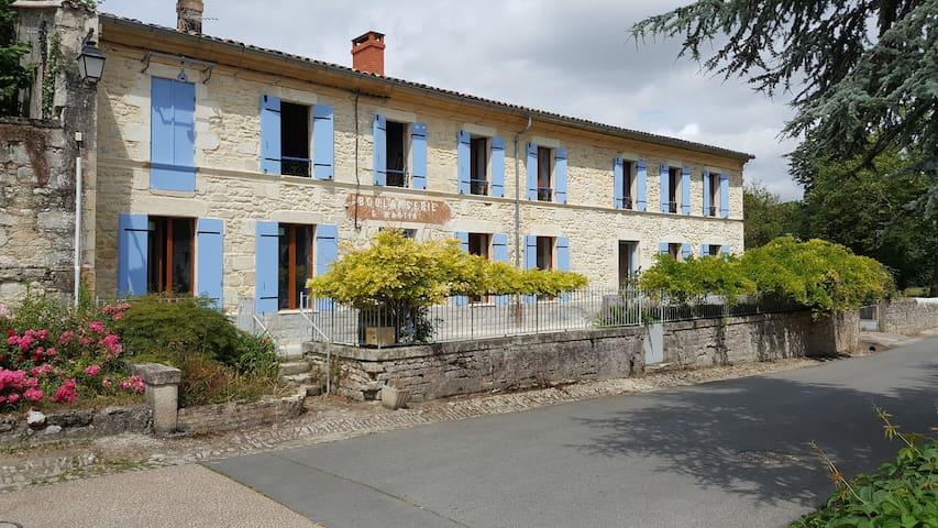 Au Coeur du Medoc - Vertheuil - Huis
