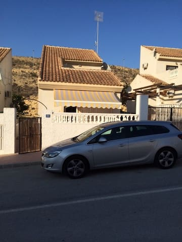 3 Bed villa in Alacante  Spain with shared pool - Rojales