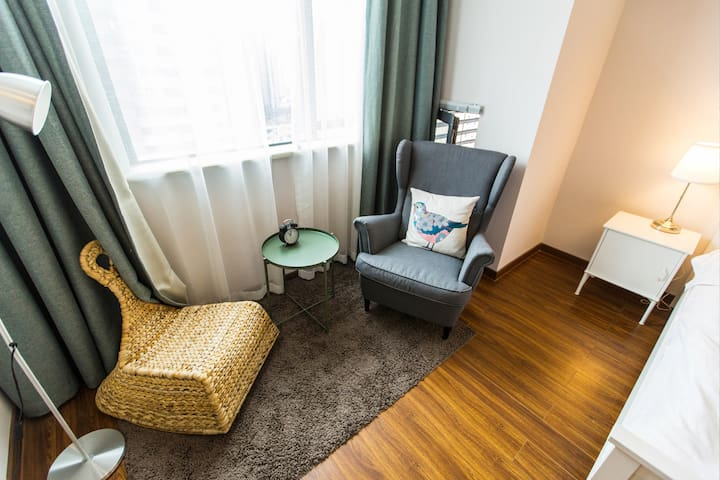 南湖旅游好去处,万达旁假日风情一室一厅精装单身公寓 - Jiaxing - Apartamento