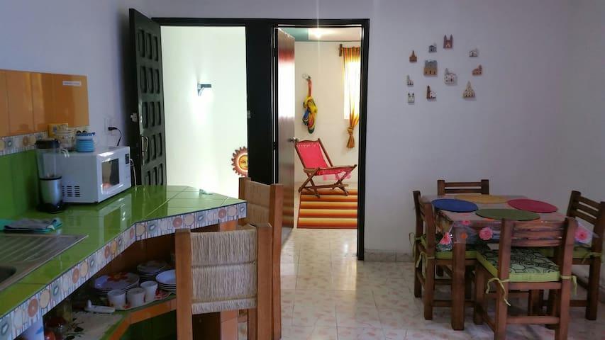 Full Apartment Downtown Historic Center - Mérida - Leilighet