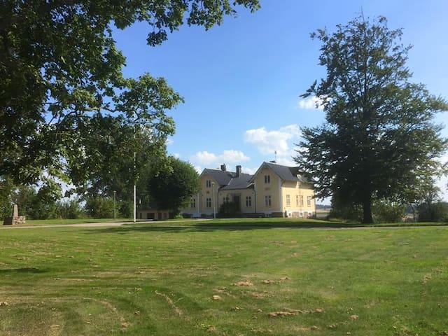 Veinge prästgård - Laholm N