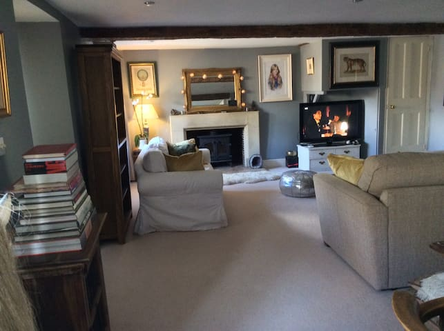 Luxurious double rooms. - Tetbury - 家庭式旅館