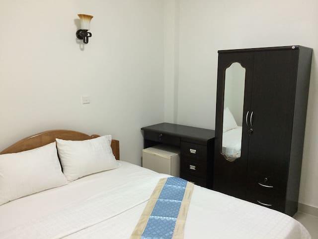 Cool A/C Room - Phnom Penh