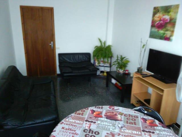 Lovely Double room in the heart of Algaida - Algaida - Appartement