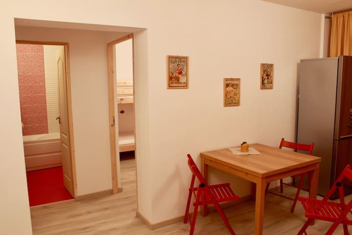 Super comfy crispy new apartment - Deva - Apartemen