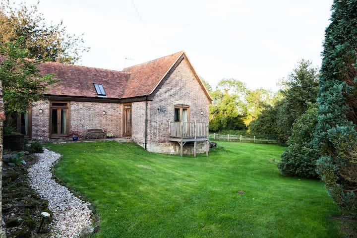 Langridge Barn BnB in West Sussex - West Hoathly
