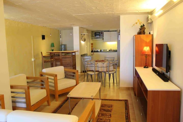 Sea View Apartment with Garden - Byblos - Квартира