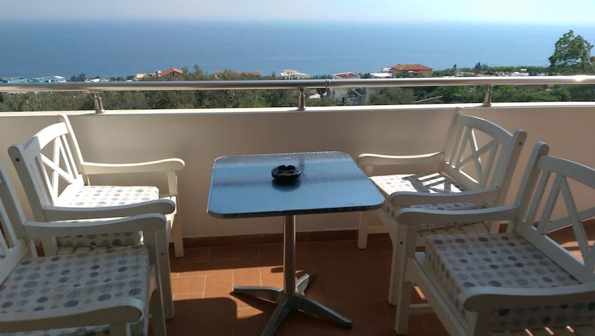 6 person sea view apartament - Dhërmi - Apartemen