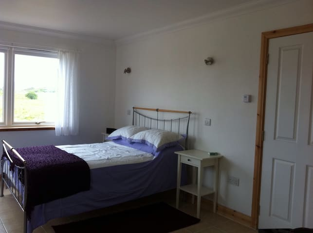 Spacious rooms with stunning views - Drumbuie  - Bed & Breakfast