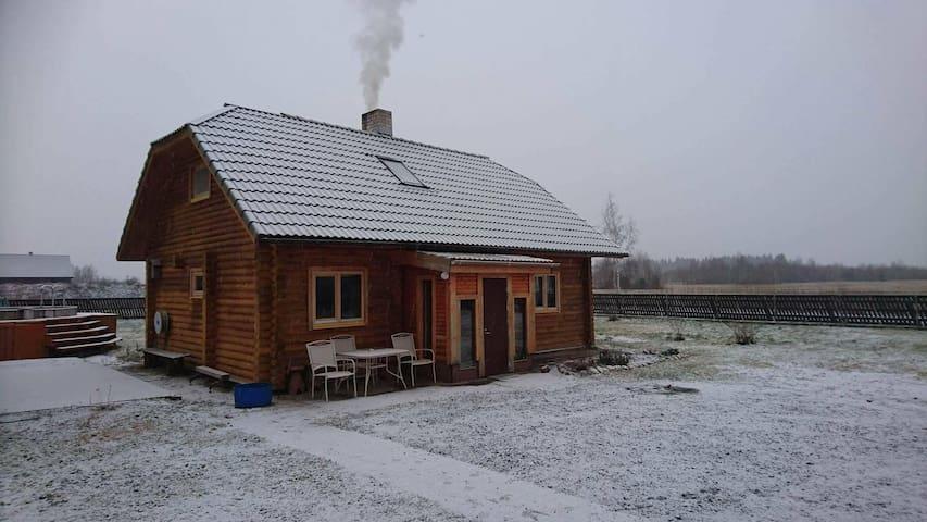 Entire house 10 km from Tallinn - Kajamaa - Hus
