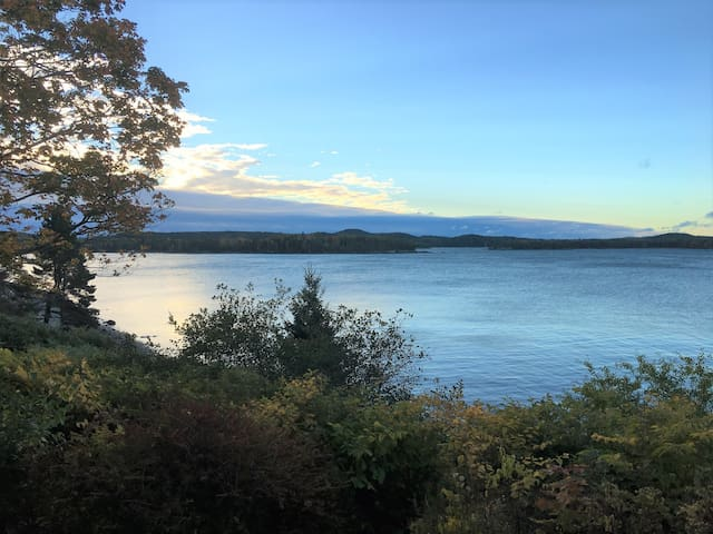 Sweeping Views with Private Beach in Castine - Castine - Maison