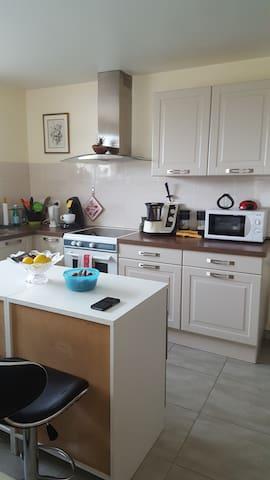 chambre calme dans maison - Allaire - Casa