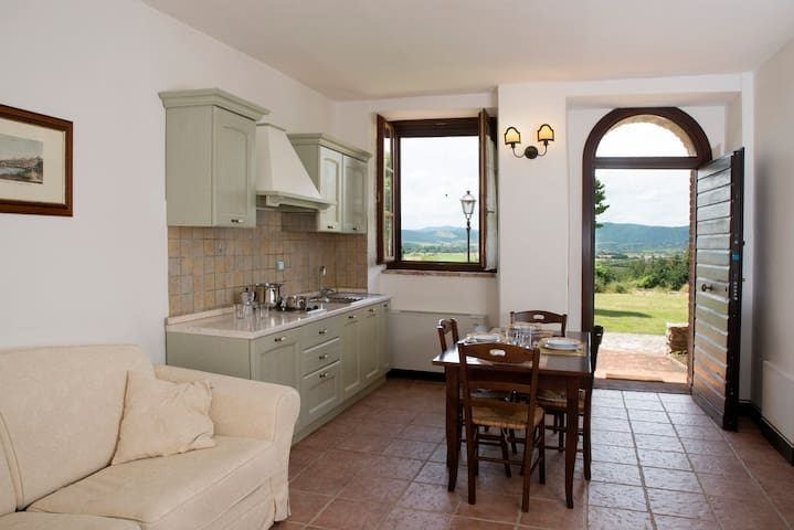Apartment in the countryside in Perugia - Corciano - Lägenhet