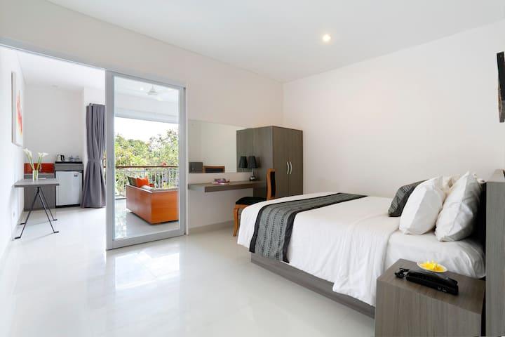 Beachfront Harmony suite Seminyak - North Kuta - Bed & Breakfast