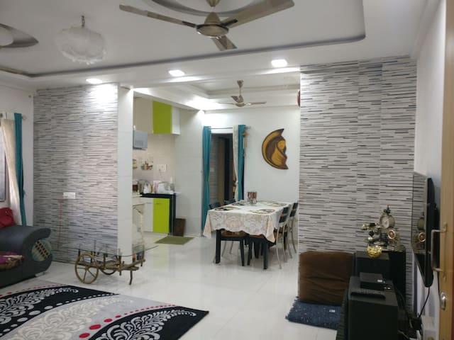 Centrally located cozy 2bhk - Andwalli, Nashik - Byt
