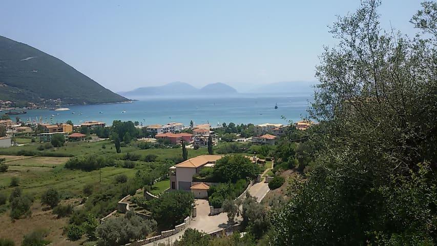 Villa Georgia - Ponti Agiou Petrou - Ev