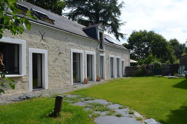 Belle maison rénovée - Mûrs-Erigné - Hus
