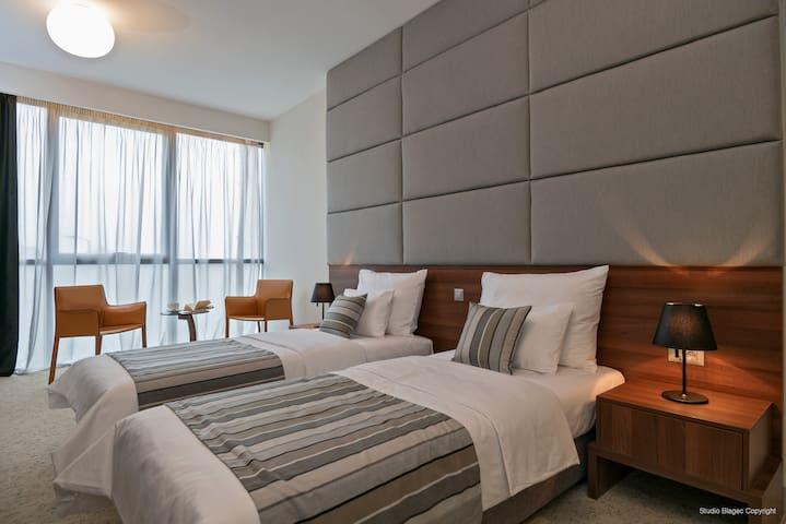 Priska Med Luxury Rooms - Split - Bed & Breakfast