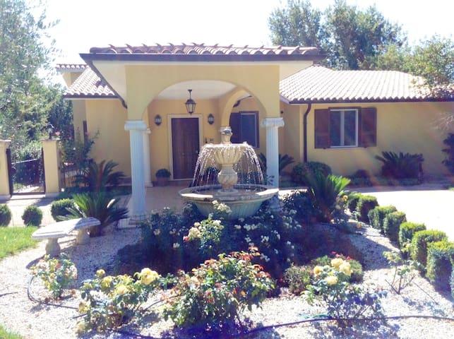 Villa Rosa - Civitella San Paolo - 別荘