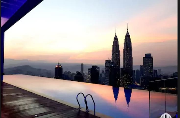 LUXURIOUS & CONFORTABLE ROOM  KLCC TWIN TOWER (02) - Kuala Lumpur - Apartemen