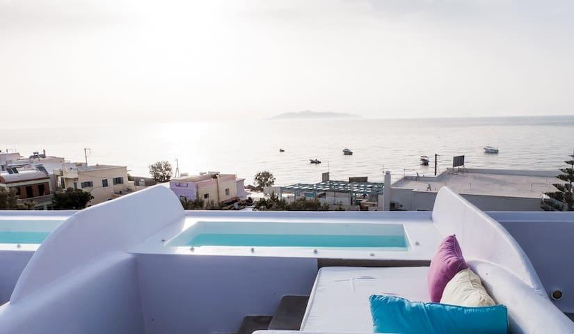 Honeymoon Suite!!! - Санторини - Гестхаус
