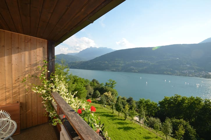 "Apartment ""Margherita"" panoramic lake view - Tenna - Daire"