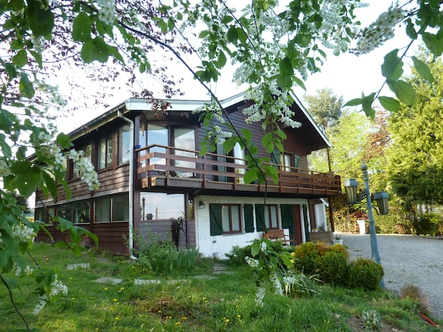 Chalet avec grand jardin dans les Ardennes - Marche-en-Famenne - Alpstuga