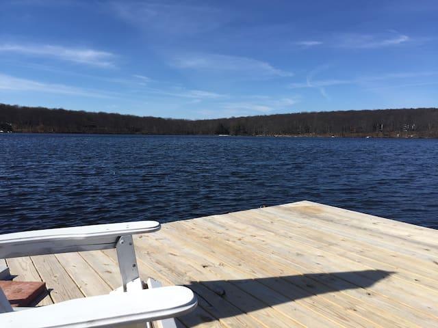 Georgia's Lake House springfed lake - Milford - Haus