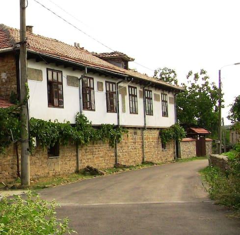 Guest house Chernicata - Veliko Tarnovo - Guesthouse
