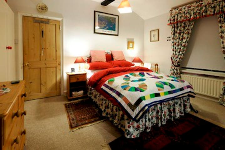 The Ely Courthouse Bed & Breakfast - Ely - Bed & Breakfast