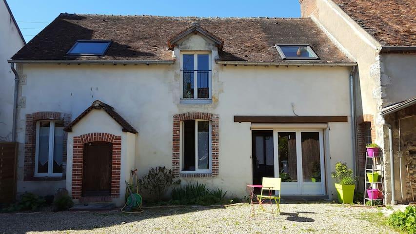 Agréable maison de centre ville - Briare - Ev