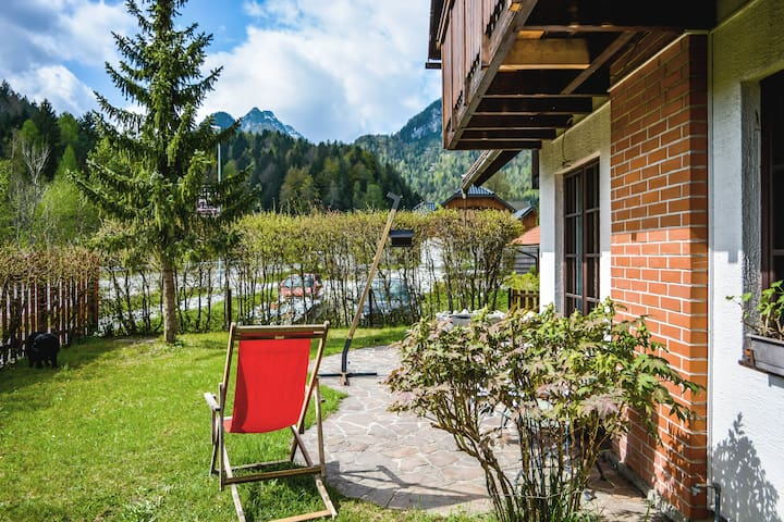 House and garden overlooking forests & mountains - Kranjska Gora - Hus