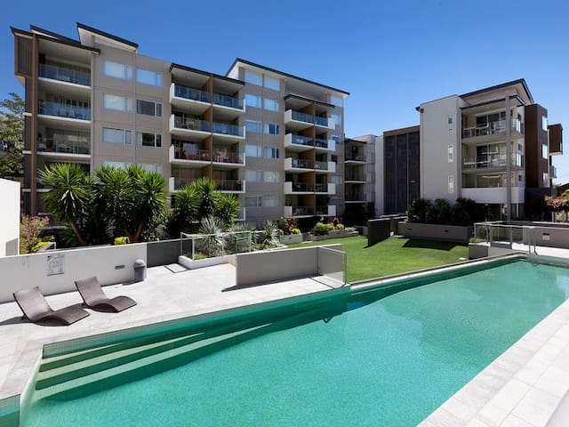 Great Apartment in Lush Complex! - Spring Hill